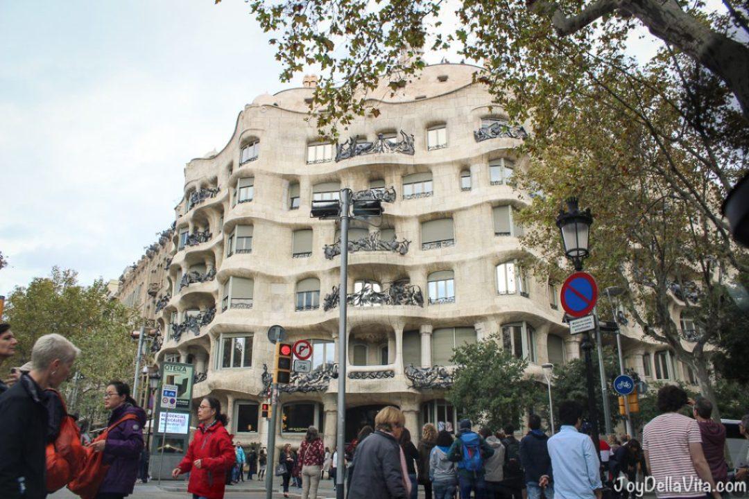 Casa Batlló by Antoni Gaudi Barcelona