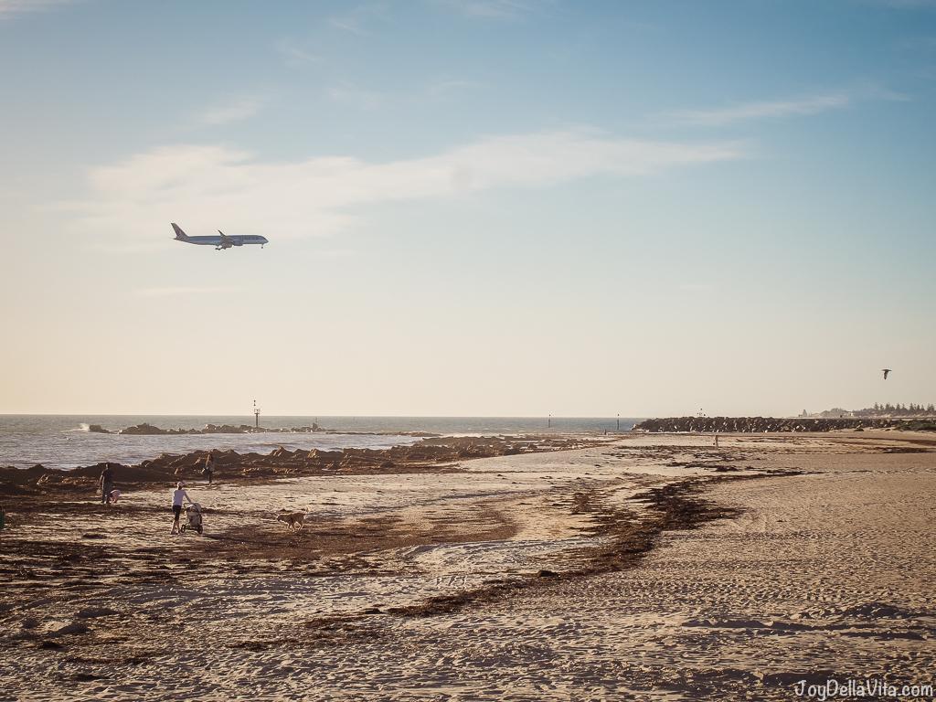 Qatar Airways Flight from Doha landing in Adelaide