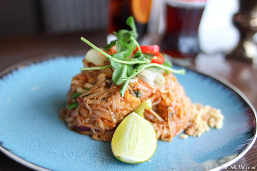 Chaophraya Edinburgh - 23 Photos & 28 Reviews - Thai - 33 Castle ...