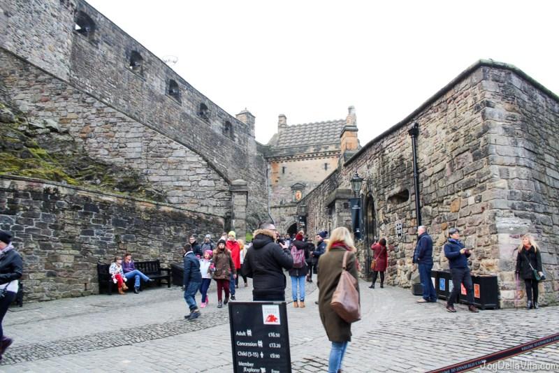 Edinburgh Castle Edinburgh Scotland Travelblog JoyDellaVita