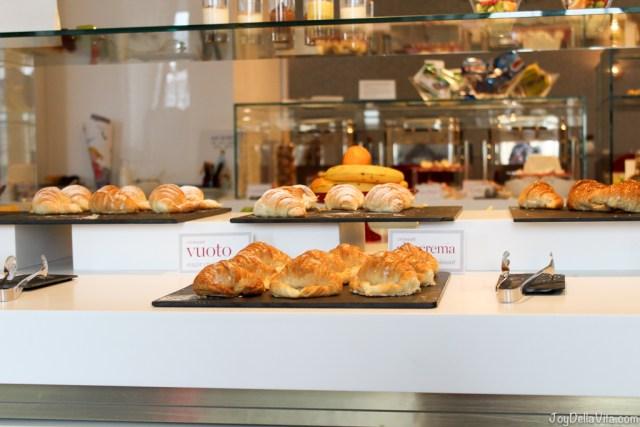 Pastries and more nh Collection Hotel Cinquecento Rome JoyDellaVita