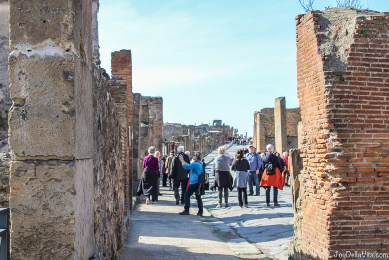 Video Day Trip Pompeii Winter JoyDellaVita
