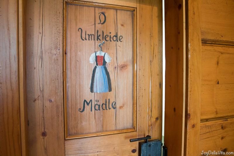 changing room for women Bergwiesen Spa wellness area Lindner Hotel Oberstaufen - JoyDellaVita.com