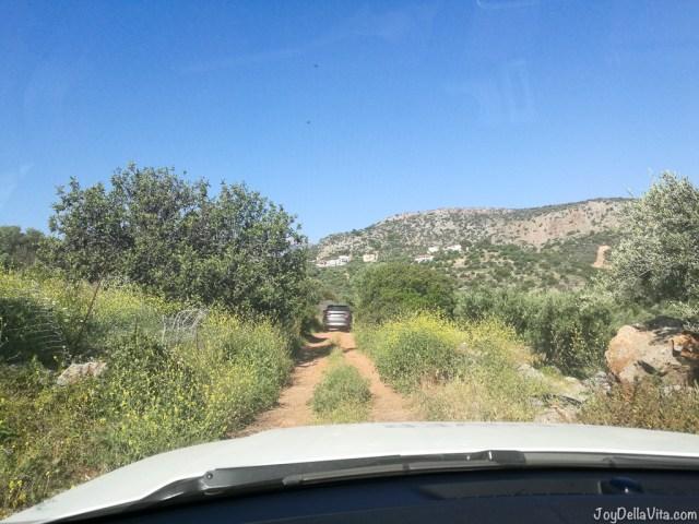 driving offroad on Crete - Land Rover Experience Greece Tour 2 Mountains Sea - Travelblog JoyDellaVita.com