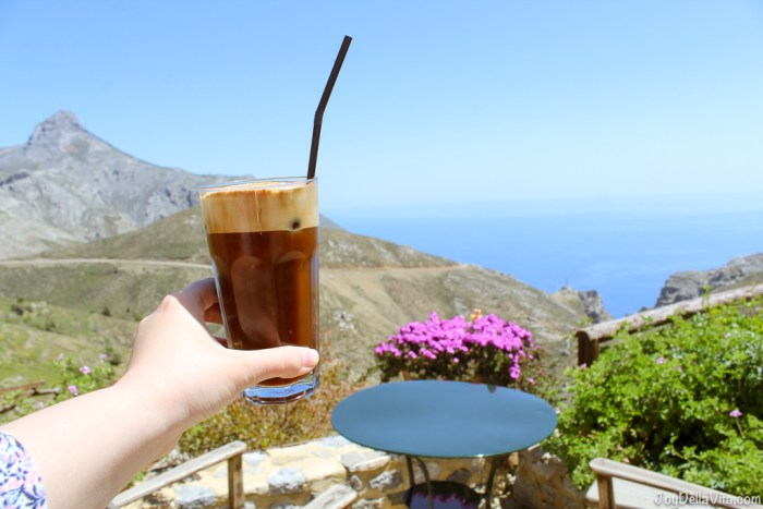 Lunch Restaurant Thalori Traditional Village Crete - Travelblog JoyDellaVita.com