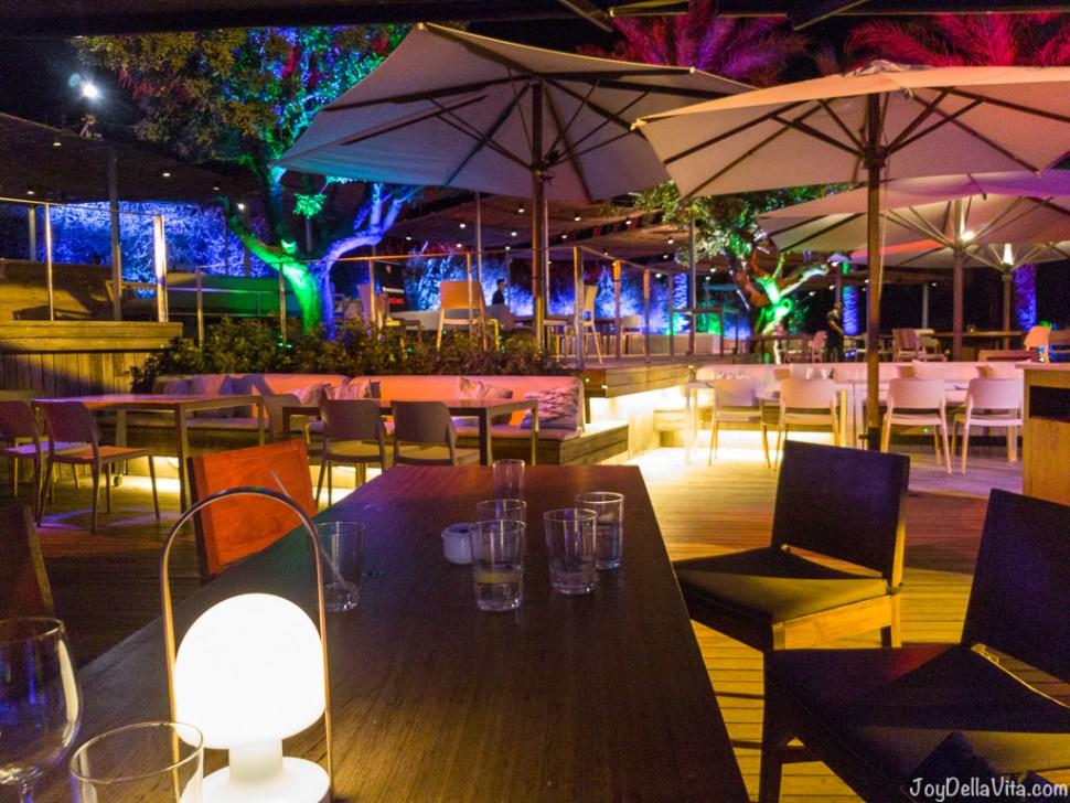 Bestial Beach Club / Bestial Restaurant by San Sebastian Beach in Barcelona -  JoyDellaVita.com