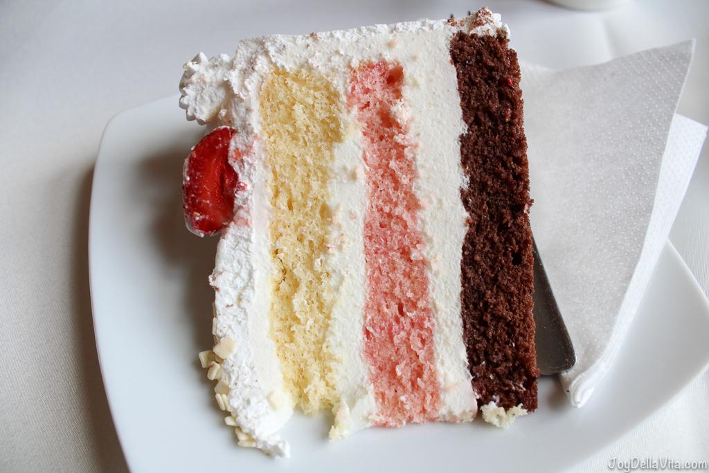 Cafe Fuerst Pueckler Cake Bad Muskau - JoyDellaVita.com