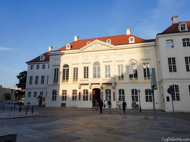 Kurländer Palais Dresden, Tzschirnerplatz 3-5 -- Kastenmeiers Dresden Restaurant Review Vegetarian Gourmet Dinner - JoyDellaVita.com