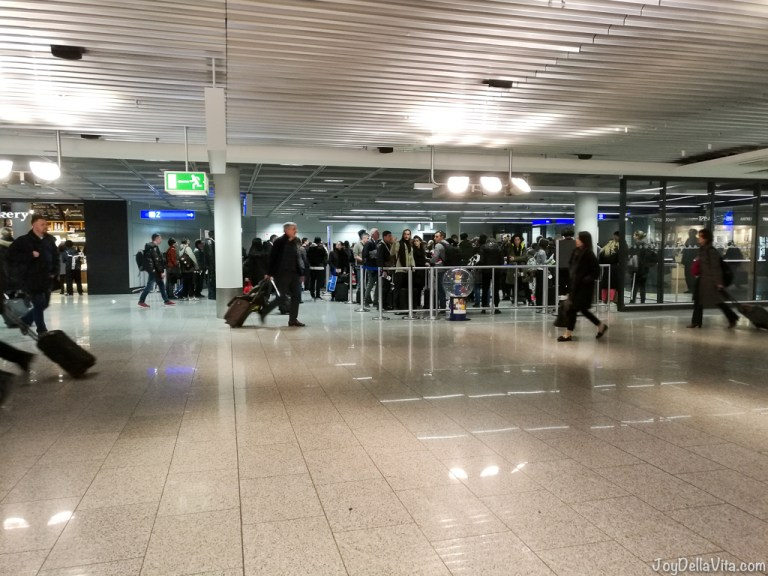 Airport Security Checks before flying to the US from Europe (how much time you will need)