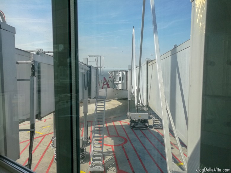 Boarding is separated for Business and Economy Passengers at the Qatar Airways Boeing 787 Dreamliner