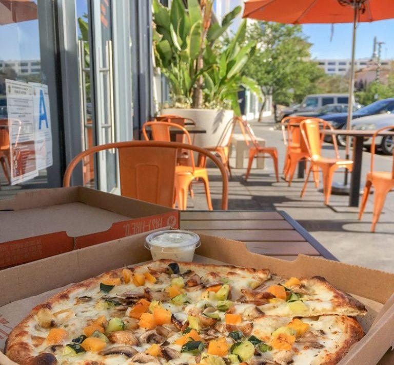 Build Your Own Pizza Blaze Pizza Los Angeles