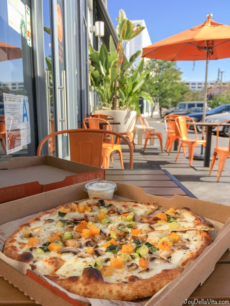 Build Your Own Pizza Blaze Pizza Los Angeles