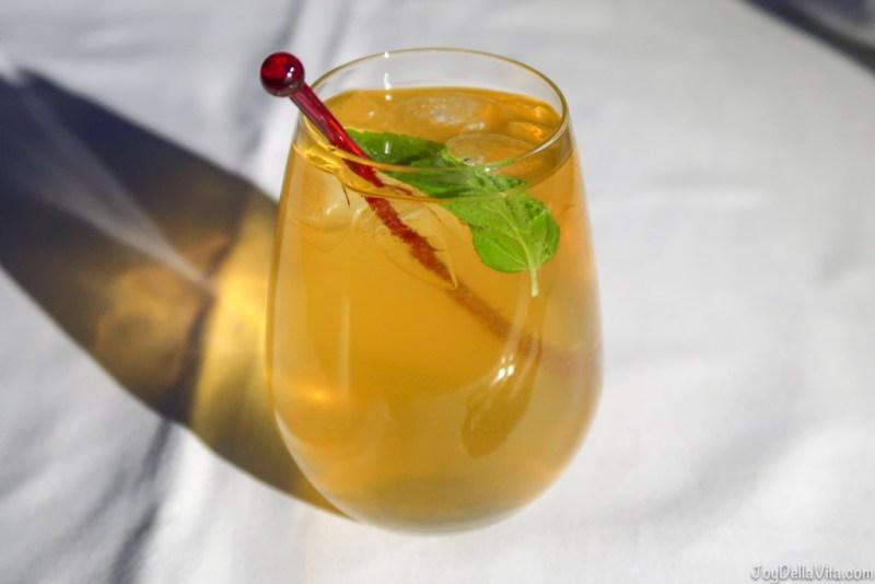 Qatar Airways Apple Cooler Mocktail