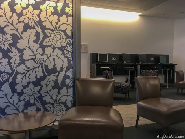 Qatar Airways Business Lounge at Munich Airport Terminal 1