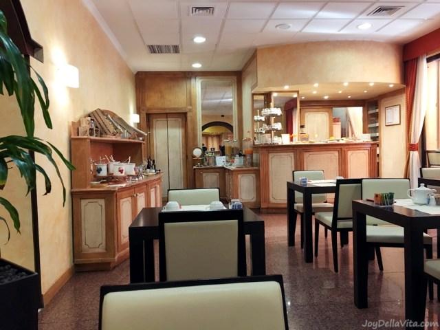 Breakfast Room at Novo Hotel Rossi Verona, Breakfast is included