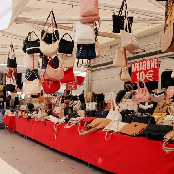 When is market day in Padua ? / Prato della Valle weekly market in Padova