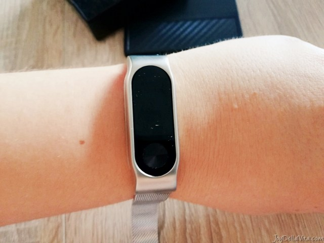 wearing my Xiaomi Mi Band 2 with a metal band