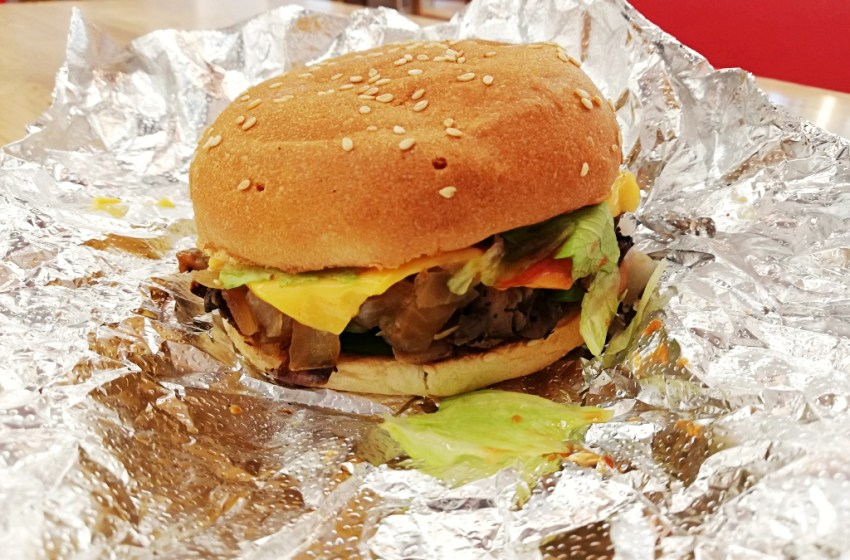 Five Guys Aix-en-Provence Cheese Veggie Sandwich