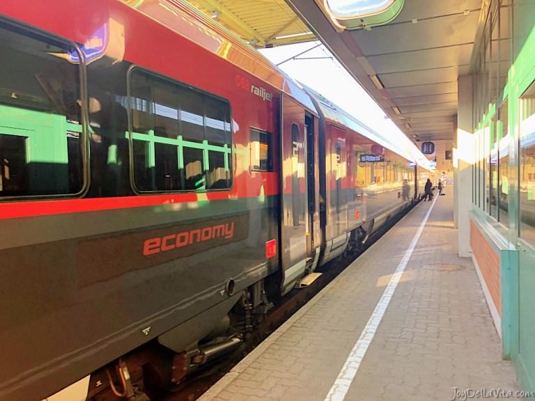 Travelling in ÖBB RailJet 2nd class economy in Austria from Bregenz to Innsbruck (Vorarlberg to Tyrol)