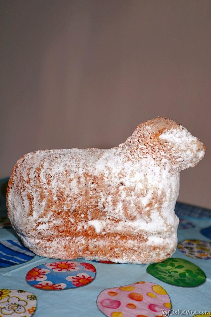 Osterlamm – typical german easter cake