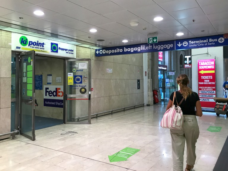 Luggage deposit at Milano centrale train station