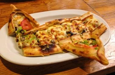 Vegetarian Pide in Istanbul