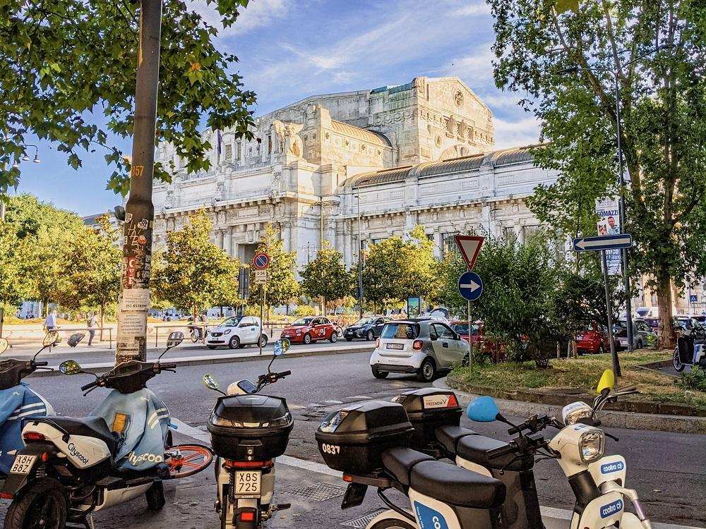 Supermarket shopping near Milan Centrale train station travel blog joydellavita