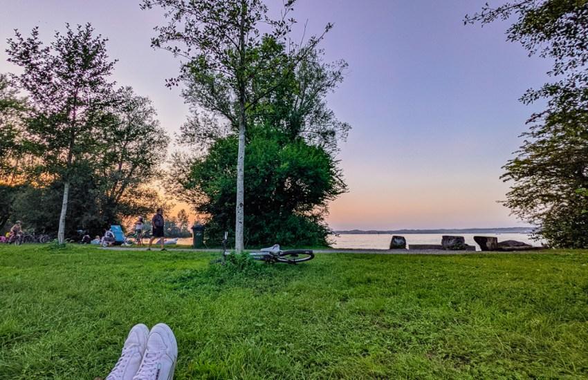 sunset picnic Hard Vorarlberg Lake Constance blog joydellavita