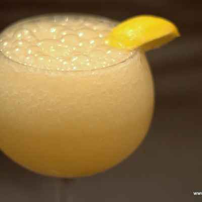 Bubbly Frozen Lemonade