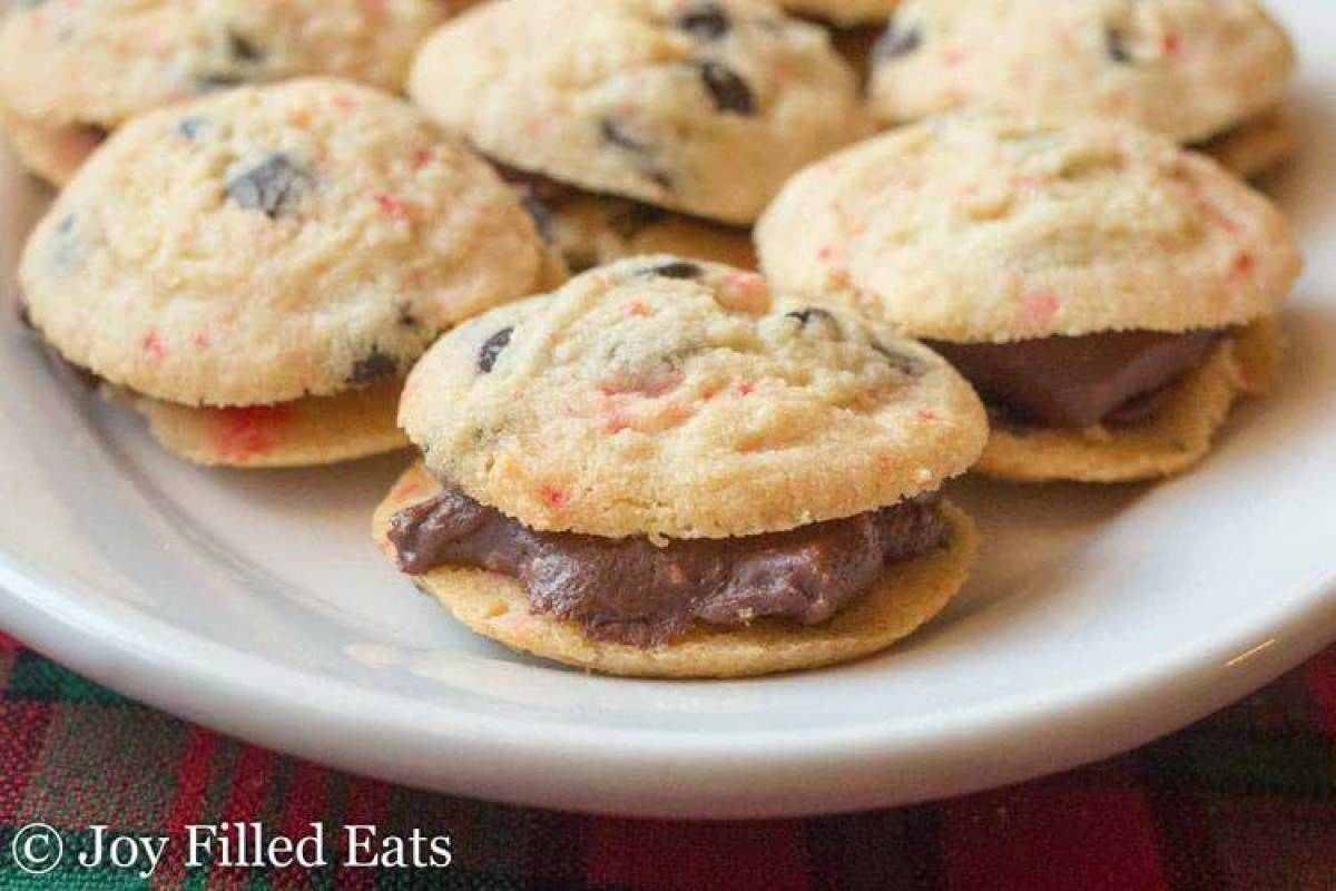 Peppermint Fudge Sandwich Cookies - Low Carb, Sugar Free, THM S