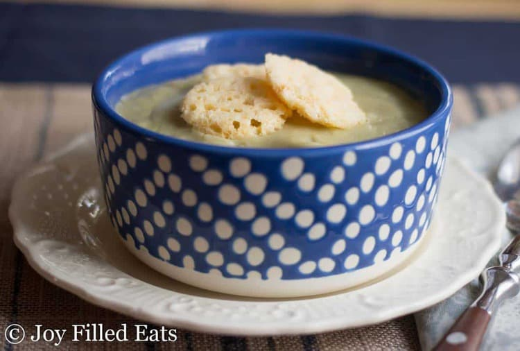 Creamy Garlic Soup – Low Carb, Dairy Free, Fuel Pull