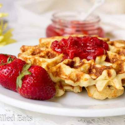 Classic Vanilla Waffles – Low Carb, Grain Free, THM S
