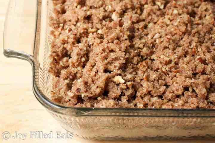 Cinnamon Pecan Crumb Cake – Sugar Free, Low Carb, Gluten Free, Grain Free, THM S