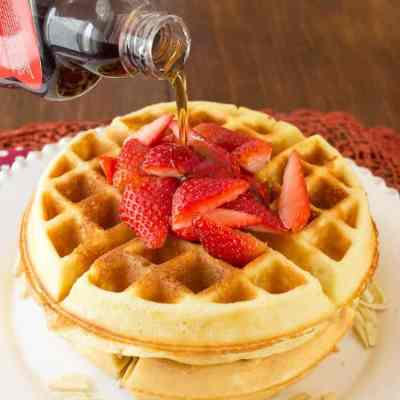 Easy Flourless Almond Low Carb Waffles