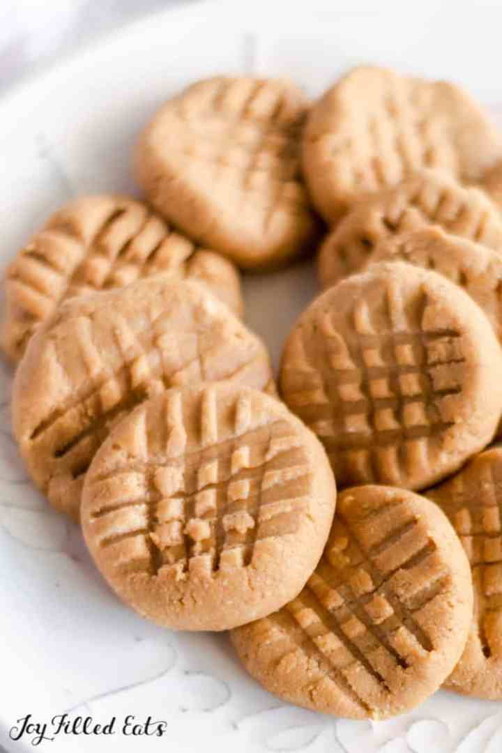 close up of the peanut butter no bake cookies