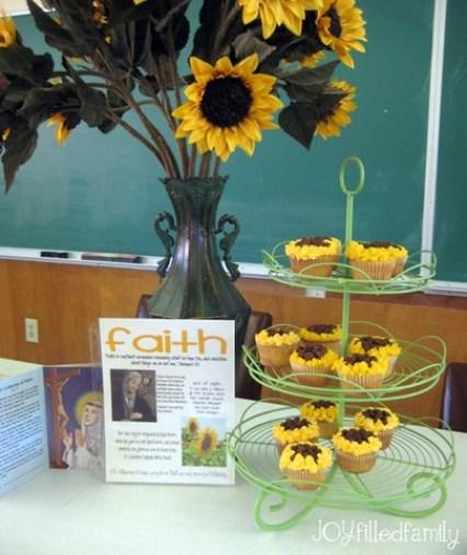 sunflower cupcake display