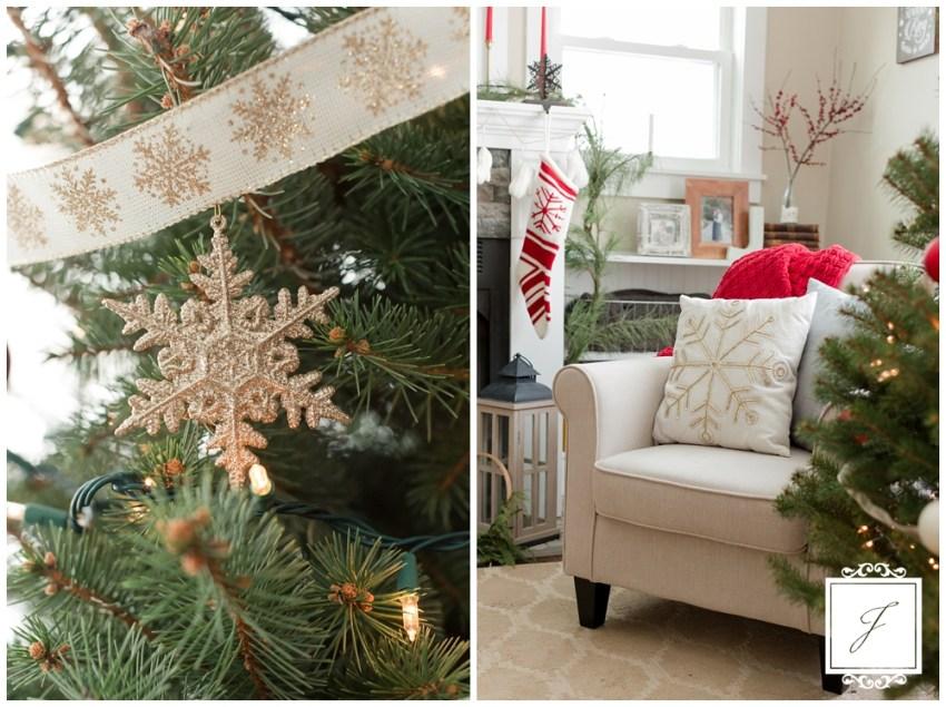 Cottage Christmas Decor Greensburg Wedding Planner Joy Filled Occasions_0010.jpg