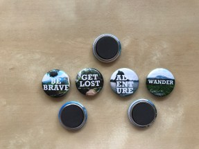 Magnets with travel quotes