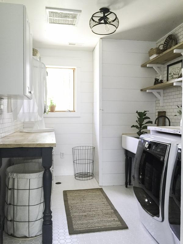 15 fabulous farmhouse laundry room