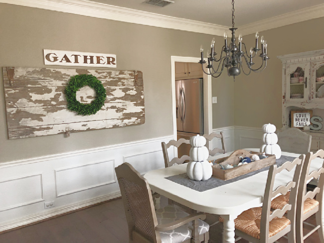 DIY Farmhouse Chandelier