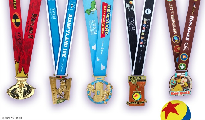 Disneyland Half Marathon Weekend Medal Reveal!