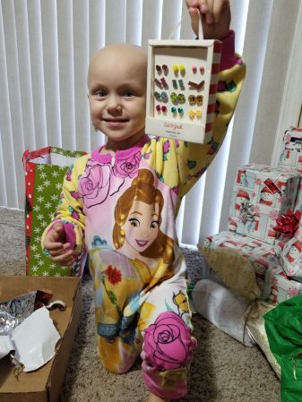 Khloe's Family - Hope for the Holidays