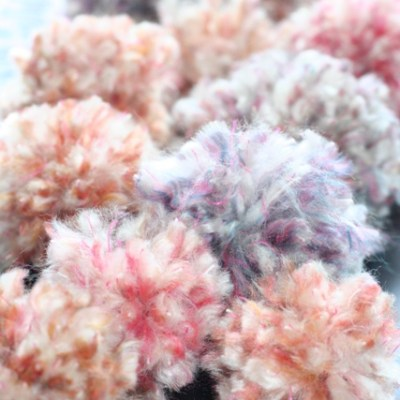 Yarn Pom Poms – How To