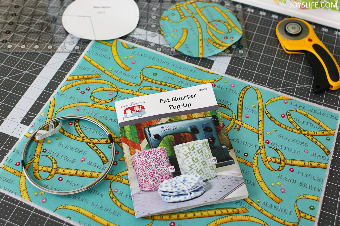 Supplies to make a Fat Quarter Pop Up Fabric Bucket