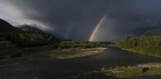 폭풍우와 무지개