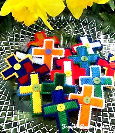 Plastic canvas cross craft easy DIY