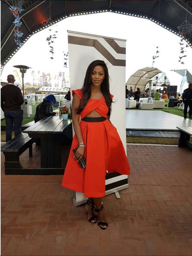 Fashion From Durban July 2016 As Celebs Dazzles On Red Carpet - Jozi Gist-8234