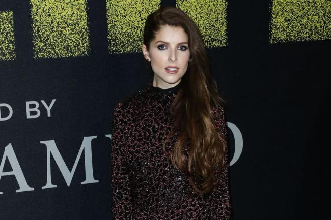 Anna Kendrick Thinks Blake Lively Would Happily Donate A Kidney To