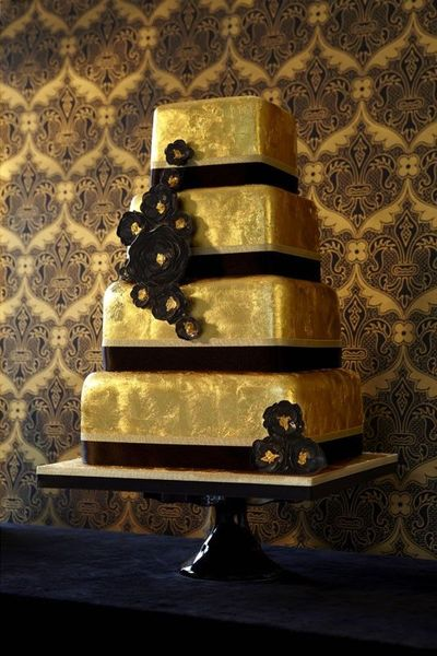 Gold and black wedding cake   wedding cakes   Juxtapost Gold and black wedding cake