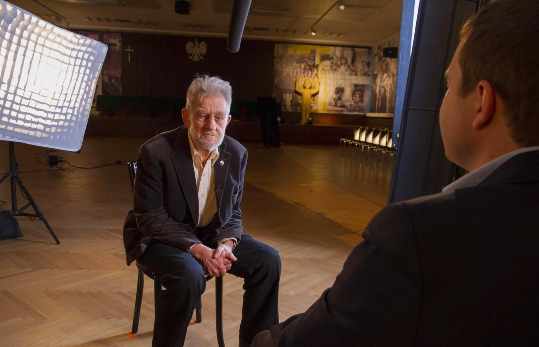Producer Szymon Cyszek interviews Andrzej Gwiazda, the former Vice President of Solidarity.